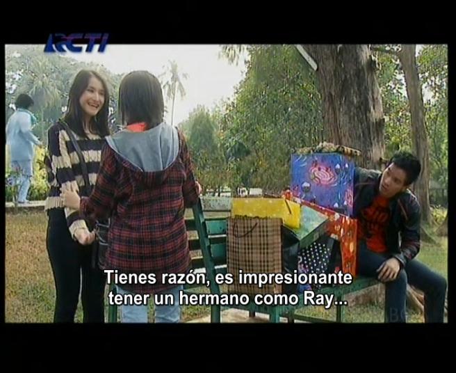 Ray: ¿saben lo que le hago a mi hermana? ¿no? (?)