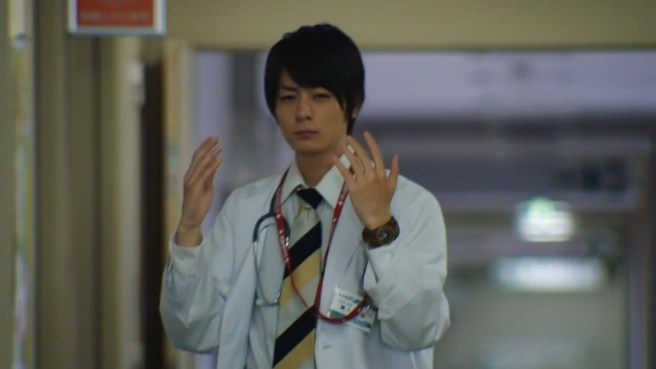 [FourzeFansub] Kamen Rider Build - 15.mp4_snapshot_09.42